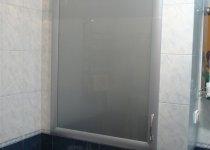 Вместительный шкафчик в туалет