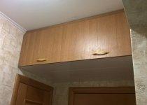 Кухонные шкафы антресоли над дверью
