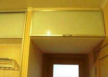 Антресоли со стеклом на шкаф