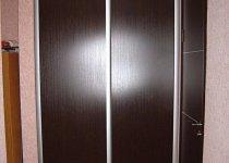 Встраиваемые двери для кладовки в квартиру