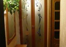 Глухие двухстворчатые двери в кладовку