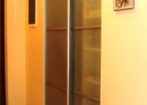 Двери для ниши в коридоре