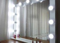 Гримерные зеркала с лампочками