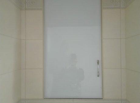 Шкаф в туалет стекло Оракал
