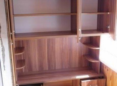 Шкаф на балкон с ящиками