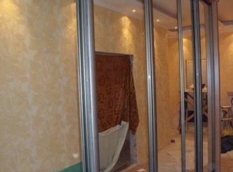 Шкаф купе во всю стену