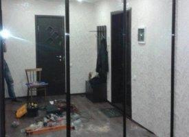 Двери в шкаф нишу